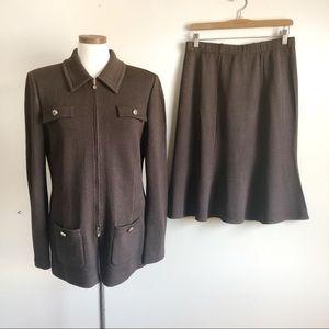 St. John Vintage 2 pc Brown Santana Suit Set 10/12